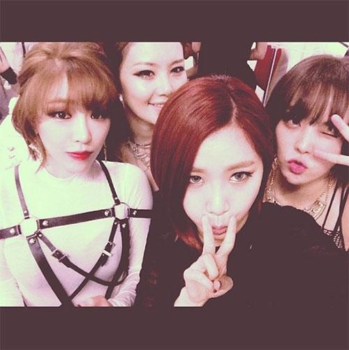 """Jea (Brown Eyed Girls) đã """"khoe"""" một bức ảnh trên Instagram với lời nhắn: """"Yeah ~~~ Chúng tôi là Brown Eyed Girls~!!"""""""