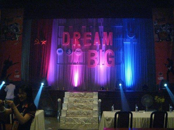 DREAM BIG 2013 - Cất tiếng hát để chắp cánh ước mơ