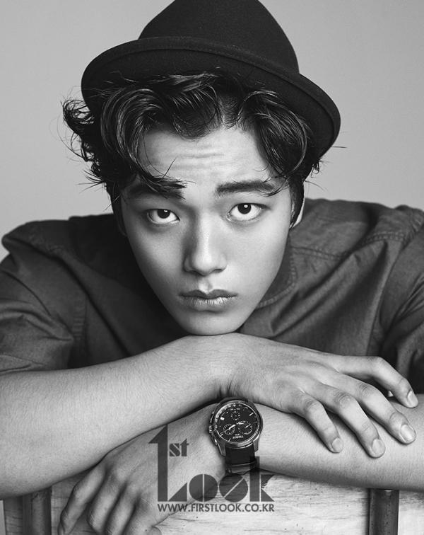 Ngỡ ngàng sao nhí Yeo Jin-goo khoe nét nam tính trưởng thành