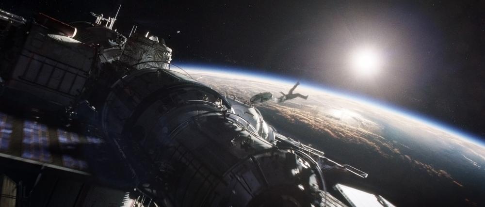 Gravity – Hành trình tái sinh