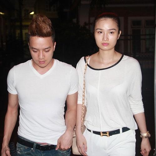 """Cao Thùy Dương và Cao Thái Sơn đi viếng Wanbi Tuấn Anh, tuy nhiên, sau đó cô bị """"tai bay vạ gió"""" vì hiểu sai - Tin sao Viet - Tin tuc sao Viet - Scandal sao Viet - Tin tuc cua Sao - Tin cua Sao"""