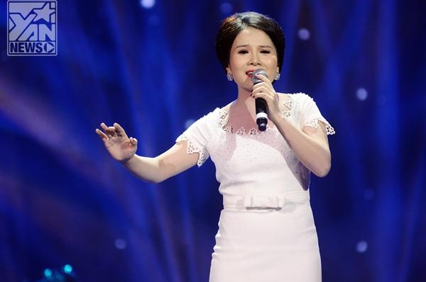 Sáng tác của nhạc sĩ Hoàng Hiệp Nơi gặp gỡ của tình yêu qua giọng hát của Thành Lêđã mở màn cho 12 ca khúc