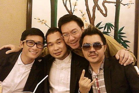 Từ trái sang: Thiên Vương, Anh Tuấn luôn bên cạnh khi Lê Minh (phải) nằm viện. - Tin sao Viet - Tin tuc sao Viet - Scandal sao Viet - Tin tuc cua Sao - Tin cua Sao