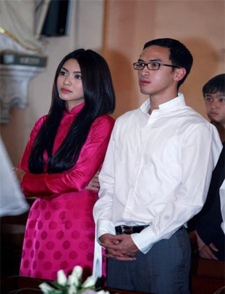 Hà Tăng cùng chồng xuất hiện lần đầu tại đám cưới diễn viên Kim Hiền. - Tin sao Viet - Tin tuc sao Viet - Scandal sao Viet - Tin tuc cua Sao - Tin cua Sao