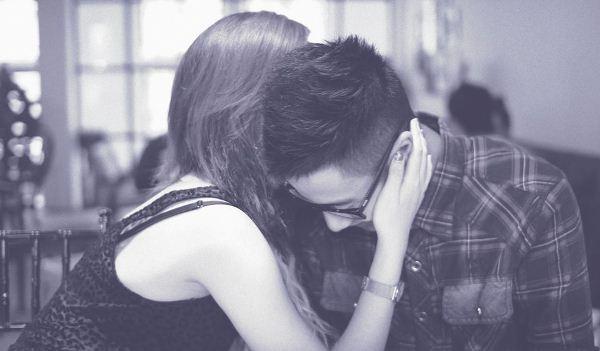 """Sốt nhẹ với """"Chuyện tình nhạt nhẽo"""" của cặp đôi JVevermind và Mie Nguyễn"""