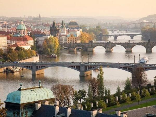Lộng lẫy những thành phố du lịch hàng đầu châu Âu