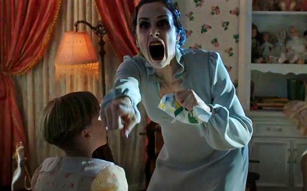Insidious 2 – Vừa đủ cho một đêm Halloween ma quái