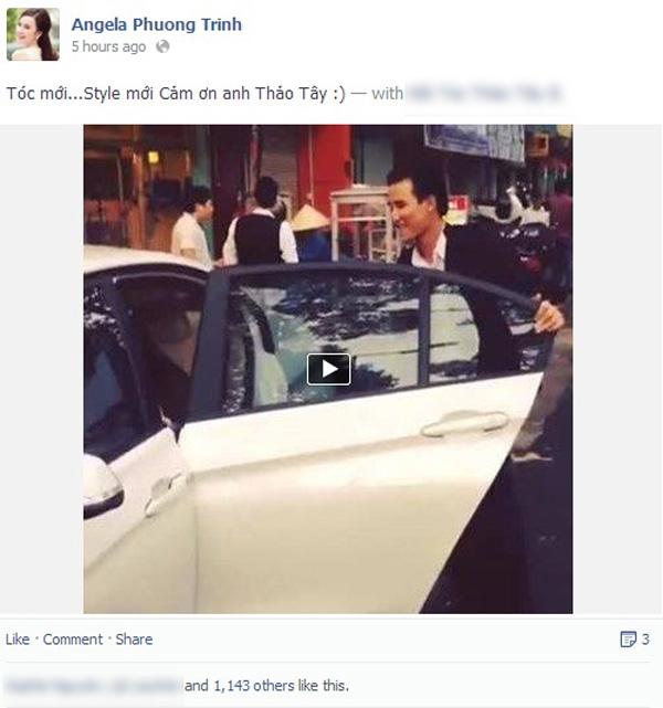 Angela Phương Trinh vừa đăng tải trên trang cái nhân một đoạn clip ngắn quay lại hình ảnh của mình trong một tiệm làm tóc. Trong đoạn clip, Angela đã khoe mái tóc mới với nụ cười tươi tắn trên môi
