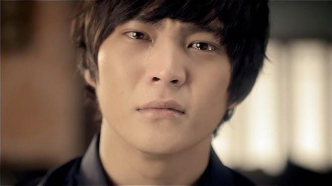 Joo Won có không ít phân đoạn phải nhỏ lệ trong Ojakyo Brothers, Bridal Mask và một số bộ phim khác.