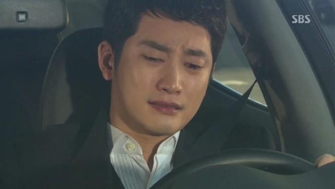Park Shi Hoo nước mắt tuôn rơi trong Alice in Cheongdamdong.