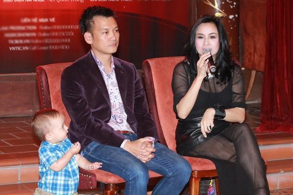 """Cận cảnh bé Bobo - """"Hoàng tử lai"""" nhà Thanh Lam"""