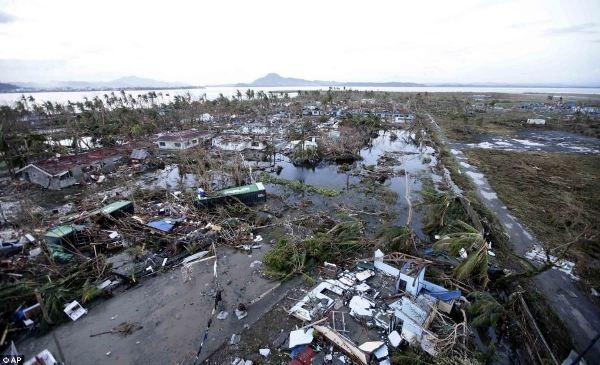 Cơn bão lớn nhất trong lịch sử: 1.200 người chết và hang triệu người bị ảnh hưởng tại Philippines