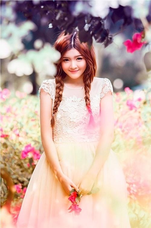 Lilly Luta được biết đến là búp bê Việt bởi vẻ đẹp mong manh của mình. - Tin sao Viet - Tin tuc sao Viet - Scandal sao Viet - Tin tuc cua Sao - Tin cua Sao