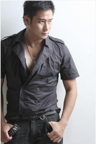 Minh Tiệp từng được coi là một trong những nam diễn viên phong độ, đẹp trai của showbiz Việt.
