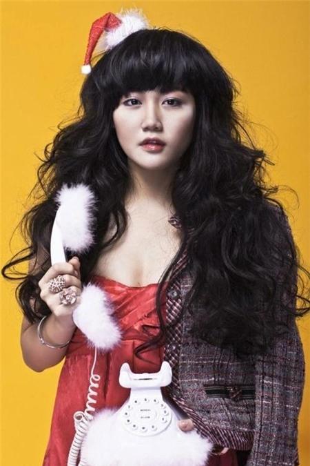 Văn Mai Hương trong những bức ảnh studio lúc vừa kết thúc Vietnam Idol - mủm mỉm và tròn trịa.