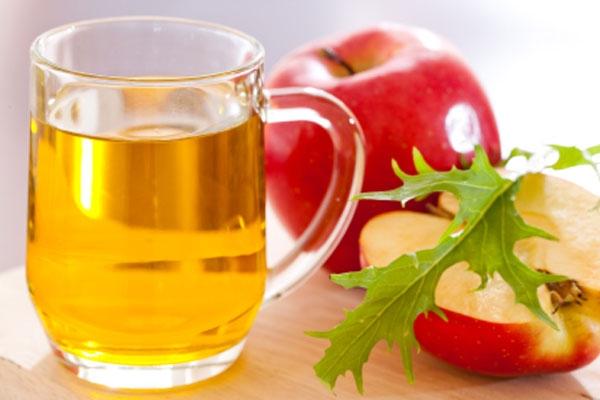 Giấm táo, nguyên liệu tuyệt vời trong làm đẹp.