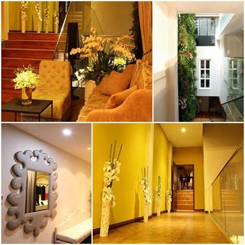 Showroom được thiết kế theo phong cách hiện đại, kiêu sa. Không gian sử dụng màu vàng chủ đạo với nội thất nhập khẩu toàn bộ. - Tin sao Viet - Tin tuc sao Viet - Scandal sao Viet - Tin tuc cua Sao - Tin cua Sao