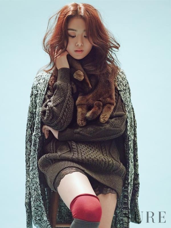 Diện len đẹp ngày đông như nàng Song Ji Eun (Secret)