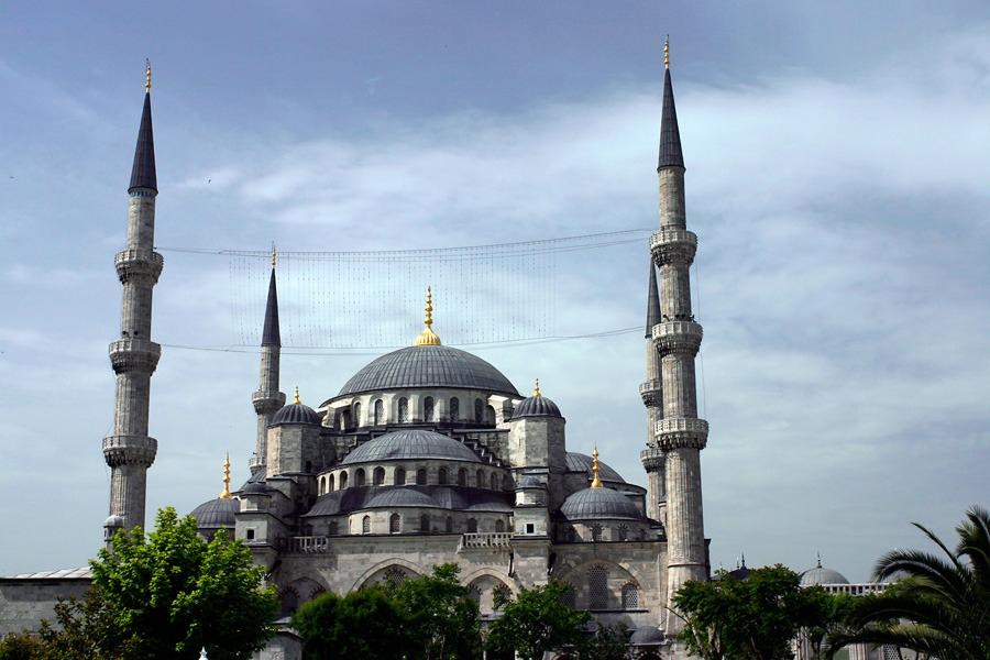 10 địa điểm du lịch thu hút khách du lịch nhiều nhất trên thế giới
