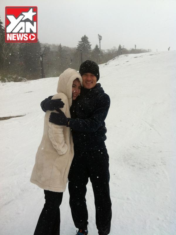 Thủy Tiên hôn say đắm Công Vinh giữa tuyết trắng tại Nhật - Tin sao Viet - Tin tuc sao Viet - Scandal sao Viet - Tin tuc cua Sao - Tin cua Sao