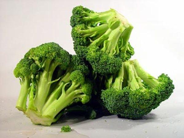 """Những thực phẩm làm cơ thể """"rau mùi"""" nên tránh."""