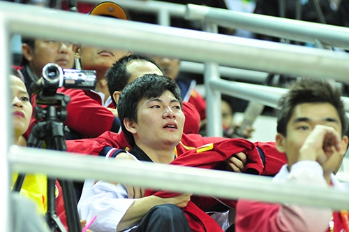 [SEA Games 27] Nước mắt VĐV Việt lại rơi vì bị trọng tài xử ép