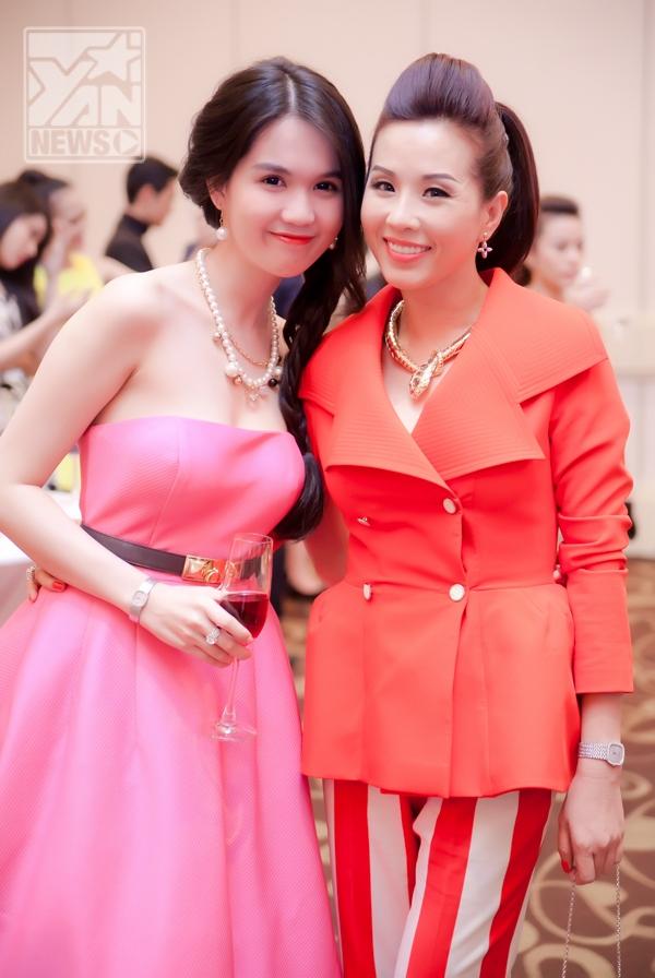 Hoa hậu Thái Lan mừng Ngọc Trinh lên chức bà chủ - Tin sao Viet - Tin tuc sao Viet - Scandal sao Viet - Tin tuc cua Sao - Tin cua Sao