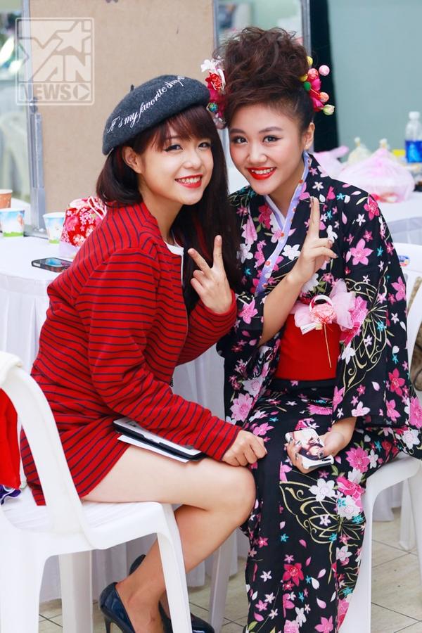 Văn Mai Hương mặc kimono nhí nhảnh trên sân khấu - Tin sao Viet - Tin tuc sao Viet - Scandal sao Viet - Tin tuc cua Sao - Tin cua Sao