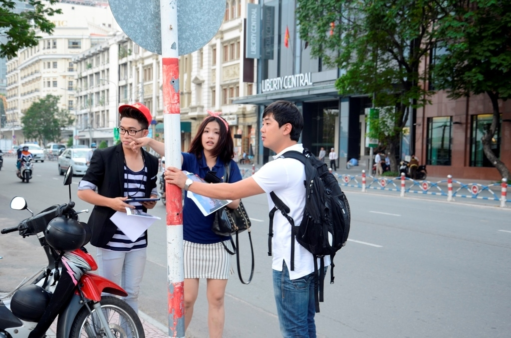 Đại sứ tài năng trải nghiệm những ngóc ngách Sài Gòn