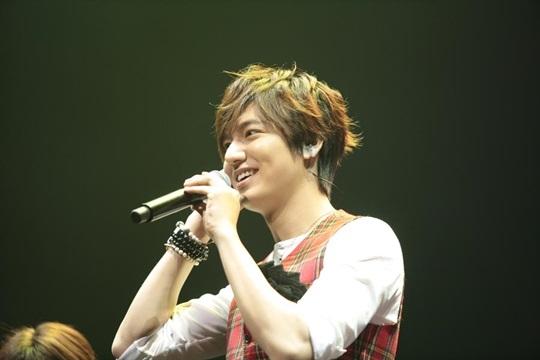 Concert của Lee Min Ho bán hết vé trong vòng 2 phút