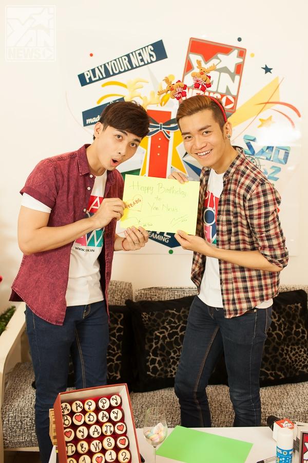 BB Trần và nhóm BB&BG chúc cho YAN News sang tuổi mới sẽ luôn được các bạn trẻ đón nhận và yêu mến. Đặc biệt trong thời gian tới, BB&BG sẽ dành những bất ngờ cho các bạn trẻ những bất ngờ trên YAN News, hãy đón xem nhé!