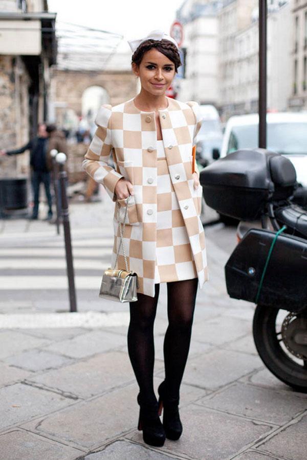 Bộ cánh ô vuông màu pastel dễ chịu được khoe khéo trong Haute Couture Spring 2013.