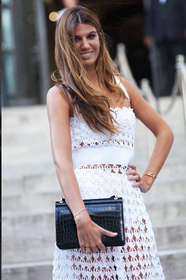 Haute Couture Fall 2013 lại mang đến phong cách thoáng đã và nhẹ nhàng với váy lưới sexy.