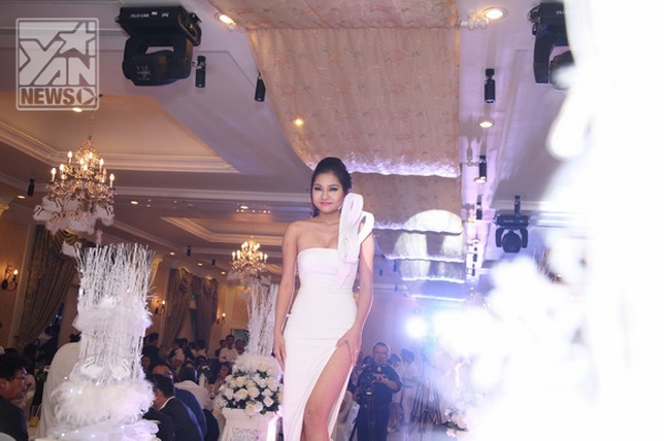 Hoa hậu Giáng My khoe nhan sắc vượt trội bên cạnh dàn sao trẻ - Tin sao Viet - Tin tuc sao Viet - Scandal sao Viet - Tin tuc cua Sao - Tin cua Sao