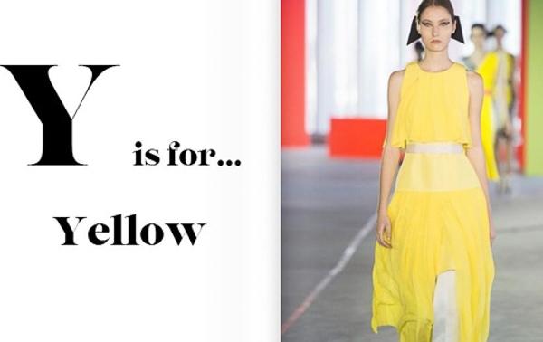 Vàng là sắc của nắng, của sự tươi mới và sôi nổi. Đó là lý do bạn nên sắm một món đồ màu vàng để trở nên thật trẻ trung trong xuân này.