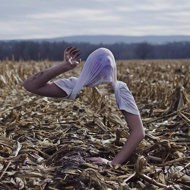 Sửng sốt bộ ảnh ma mị và ám ảnh của nhiếp ảnh gia tài năng
