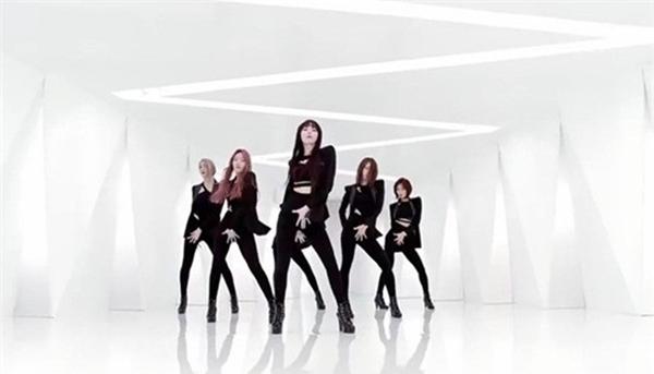 Nhóm nữ K-Pop nào được yêu thích nhất với hình tượng người lớn?