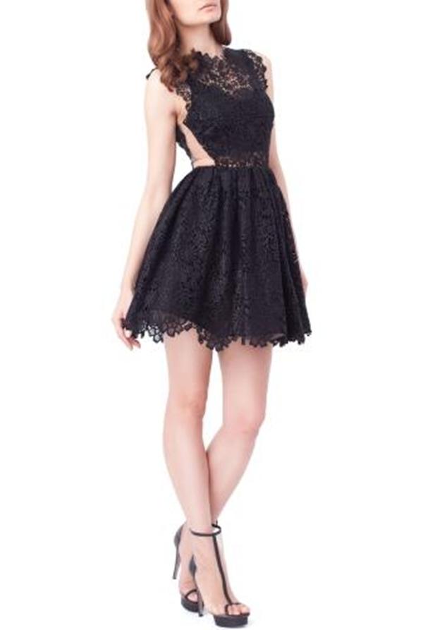 """Bộ váy """"Makila"""" của nhà thiết kếMaria Lucia Hohan"""