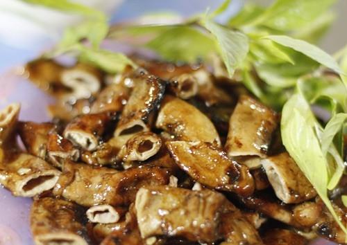 Những ngõ phố ẩm thực thú vị nhất Hà Thành