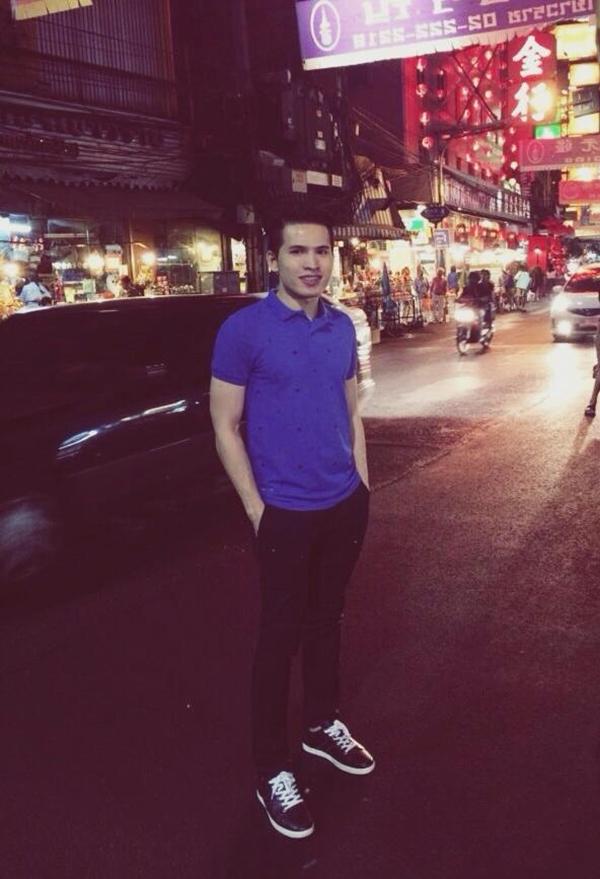 Quốc Thiên khoe ảnh đi du lịch ở Trung Quốc