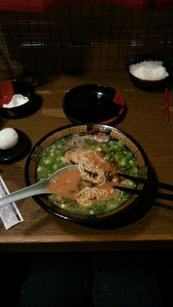 """Lee Hong Ki của FT Island đã tweet một món ăn: """"Cuối cùng ăn nó. Nhưng tôi không cảm thấy ngon. """""""