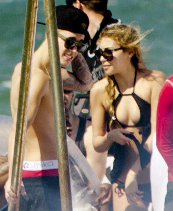 Justin đang được cho là cặp kè với người mẫu Chantel Jeffreis