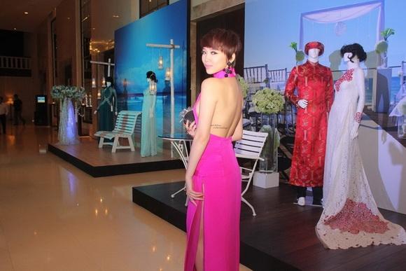Hình xăm sexy của 2 nàng Tiên Vbiz - Tin sao Viet - Tin tuc sao Viet - Scandal sao Viet - Tin tuc cua Sao - Tin cua Sao