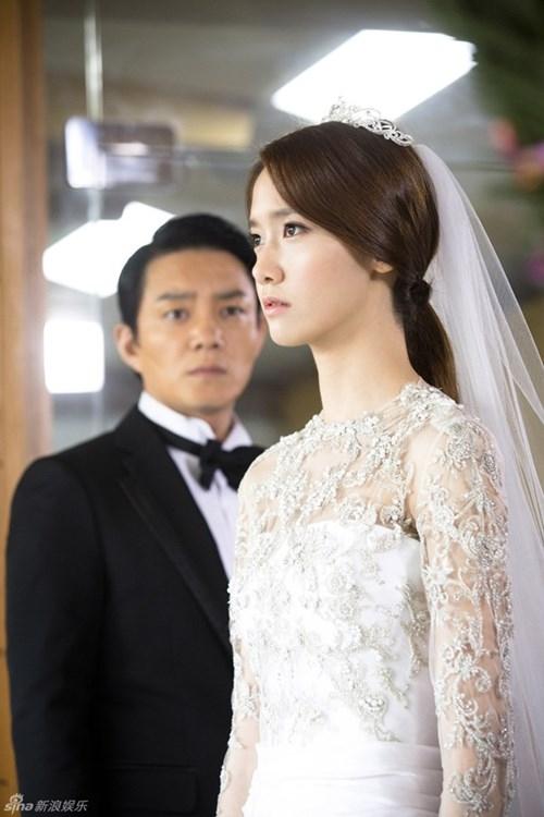 """Yoona đang tham gia bộ phim """"Chuyện tình thủ tướng"""" và là thành viên tích cực đóng phim nhất của SNSD"""