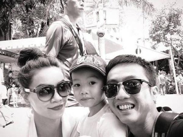 Hình ảnh tràn hạnh phúc của gia đình sao Việt đầu năm mới - Tin sao Viet - Tin tuc sao Viet - Scandal sao Viet - Tin tuc cua Sao - Tin cua Sao