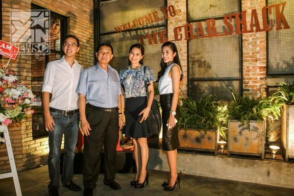 Vợ chồng Tăng Thanh Hà - Louis Nguyễn và bố mẹ chồng - Tin sao Viet - Tin tuc sao Viet - Scandal sao Viet - Tin tuc cua Sao - Tin cua Sao