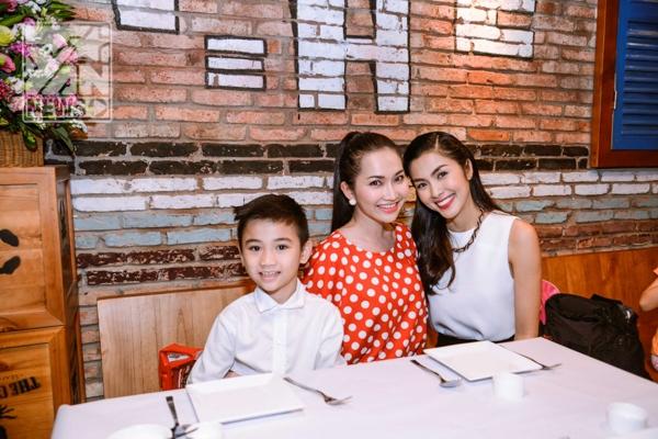 Tăng Thanh Hà và mẹ con diễn viên Kim Hiền - Tin sao Viet - Tin tuc sao Viet - Scandal sao Viet - Tin tuc cua Sao - Tin cua Sao