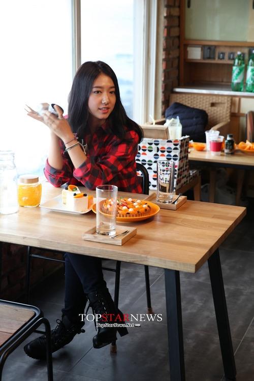 Park Shin Hye cực đẹp đôi bên Jang Geuk Suk