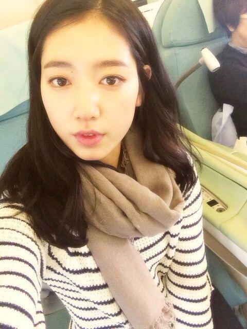 Park Shin Hye mặt mộc siêu dễ thương tại đảo Jeju
