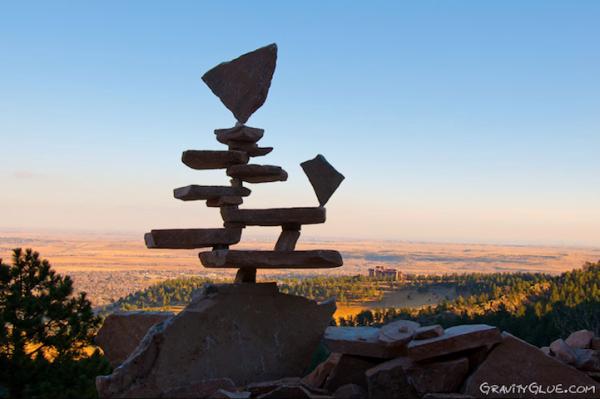 Choáng váng trước sự cân bằng kỳ diệu của các hòn đá